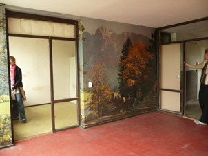 main-room-603-with-scenery